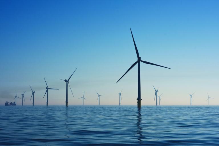 海洋エネルギー × 機械学習〜洋上風力発電の発電量予測〜